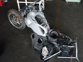 自動車 羽島 市 岐阜 県 八神自動車  2003 ビューエル XB9S用 各種部品取り(中古品)